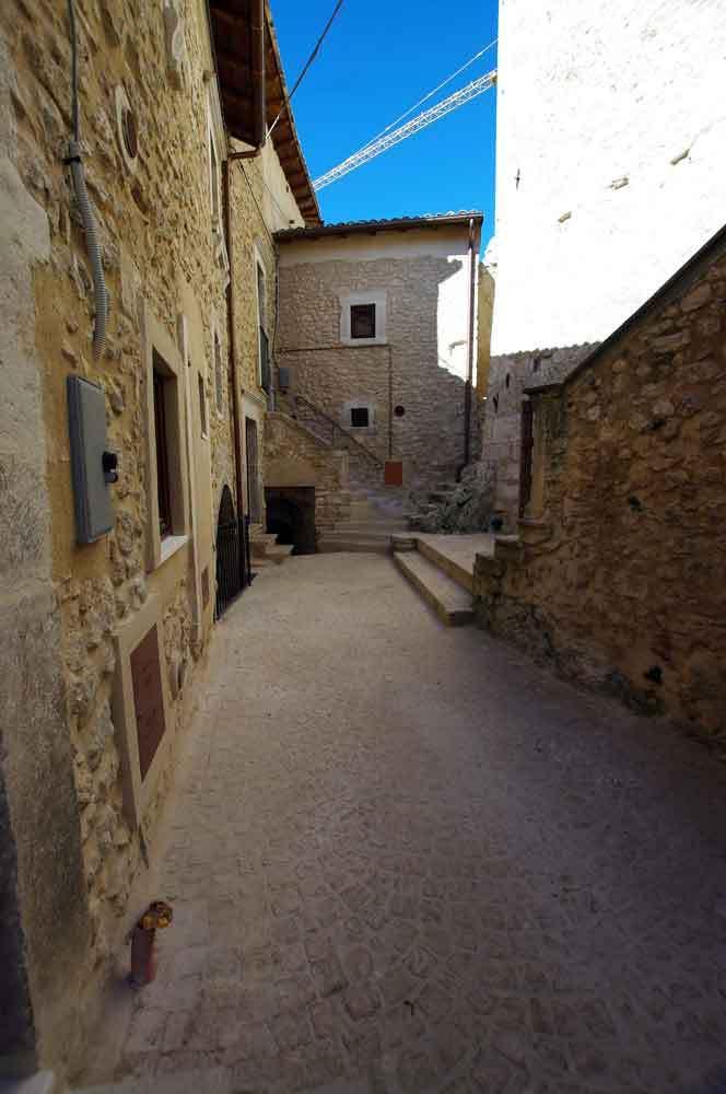 Borgo-di-Navelli-16