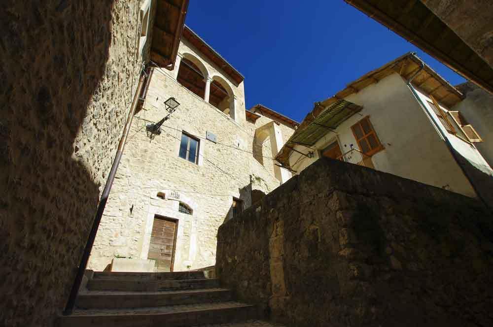 Borgo-di-Navelli-17