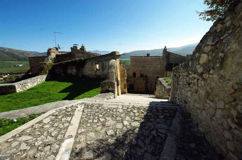 Borgo-di-Navelli-23