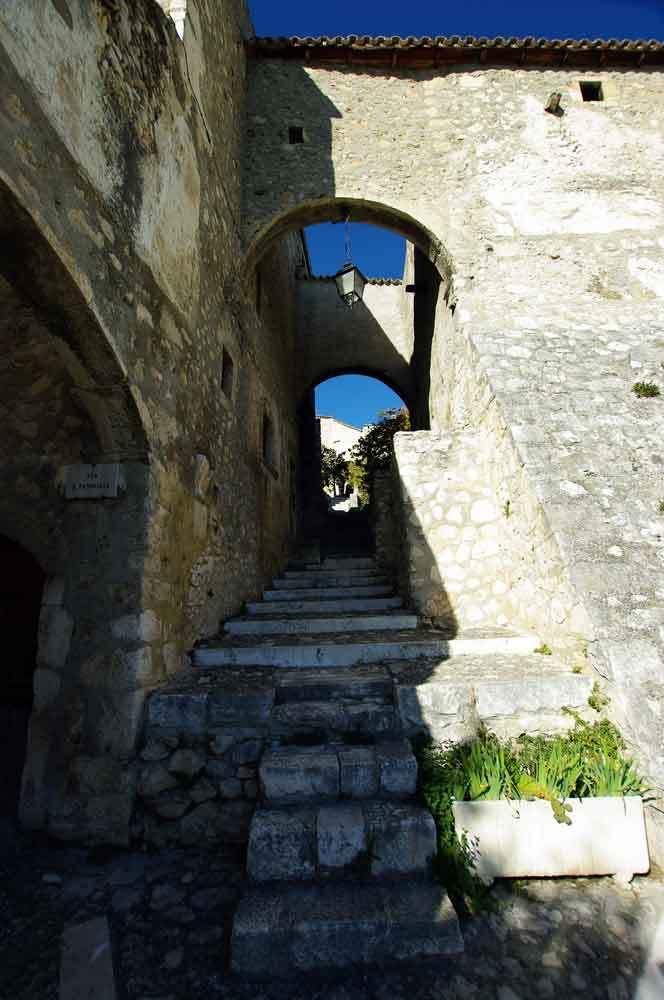 Borgo-di-Navelli-24