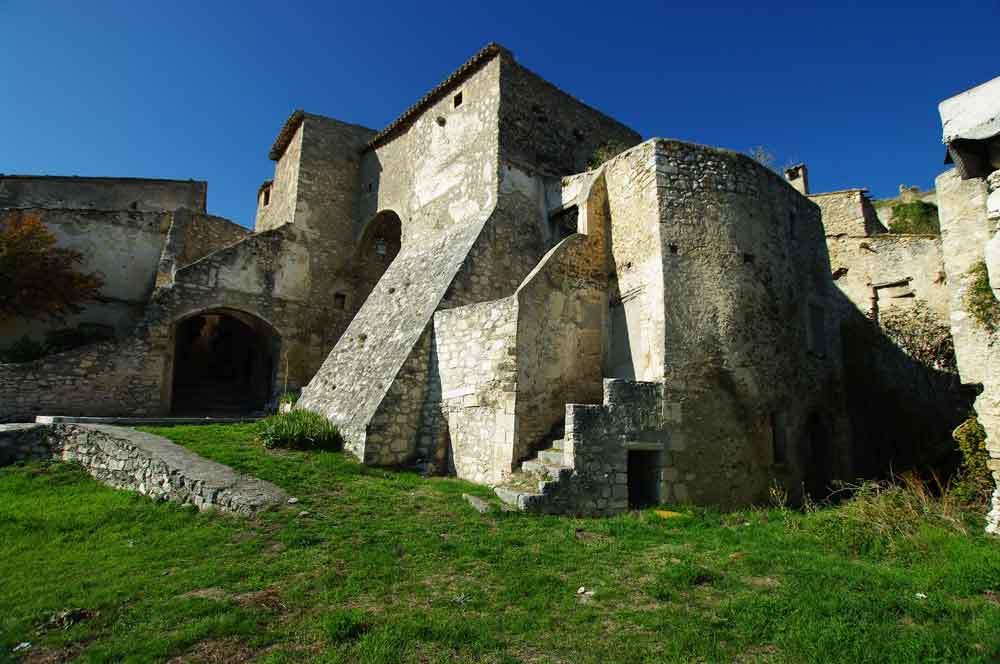 Borgo-di-Navelli-25