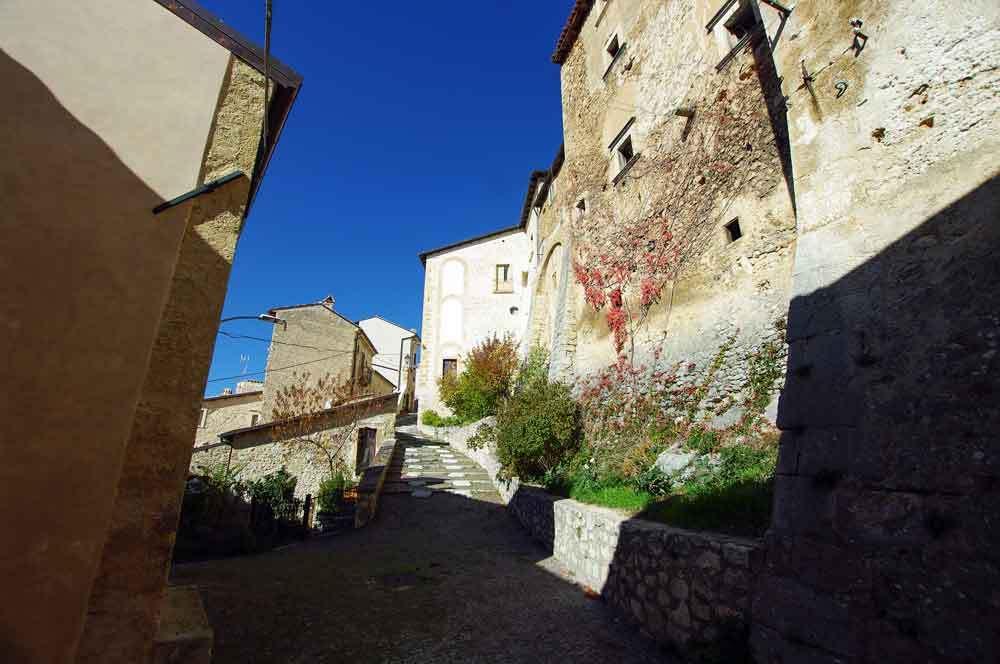 Borgo-di-Navelli-35