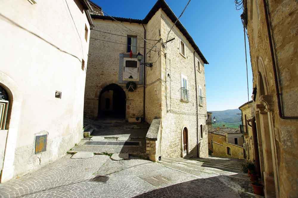 Borgo-di-Navelli-39