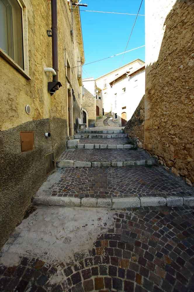Borgo-di-Navelli-43