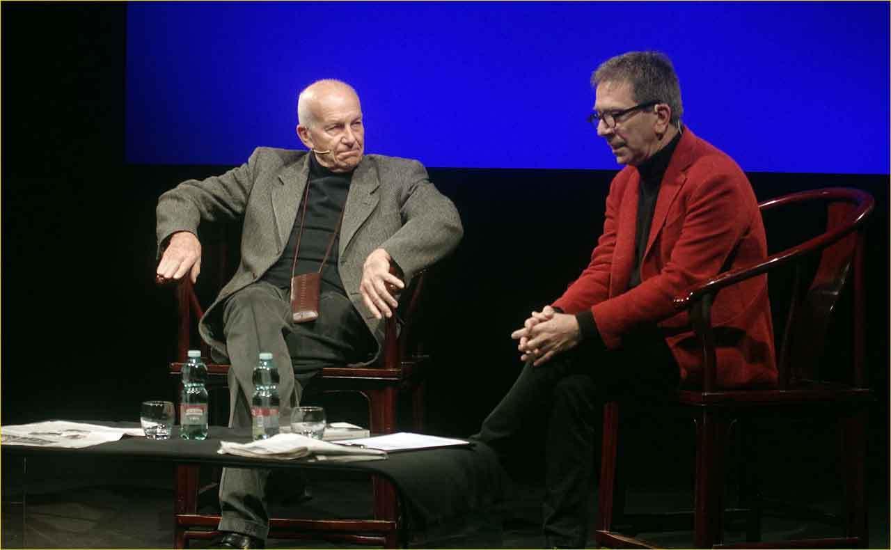 Off-Off-Theatre-Fausto-Bertinotti-intervistato-da-Pino-Strabioli-15