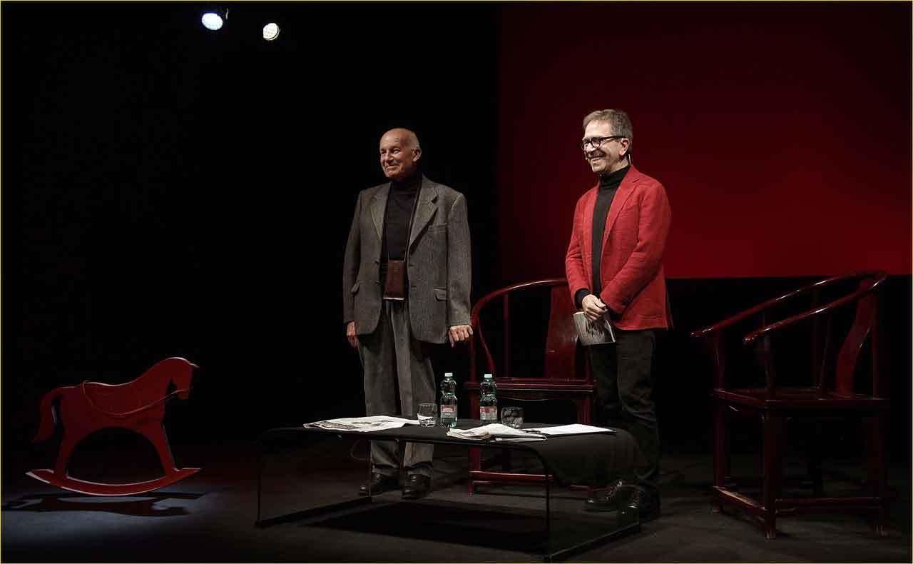 Off-Off-Theatre-Fausto-Bertinotti-intervistato-da-Pino-Strabioli-6