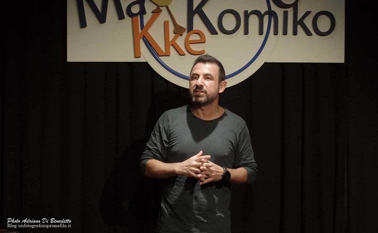 Makkekomico-Teatro-Accento-Adriano-Di-Benedetto-12
