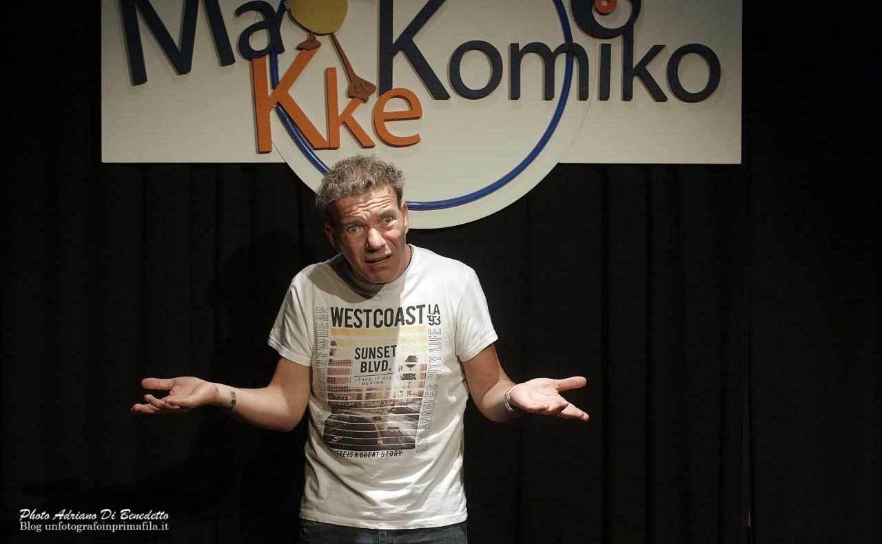 Makkekomico-Teatro-Accento-Adriano-Di-Benedetto-2