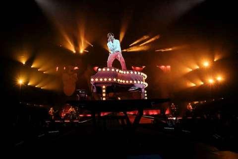 """Mika arriva a Roma con il suo """"Revelation tour""""."""