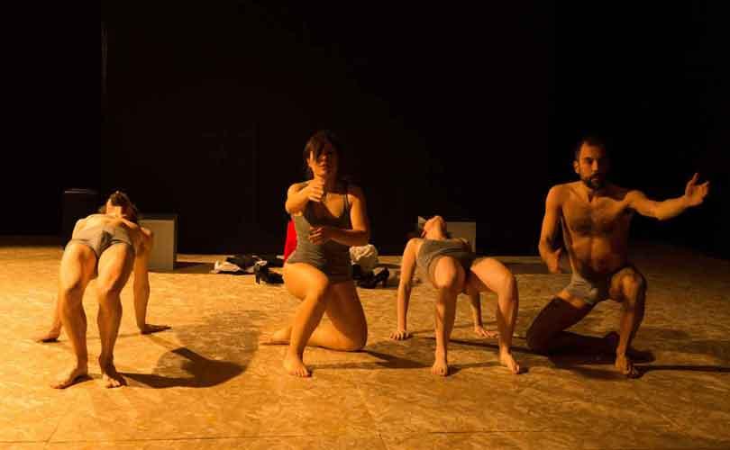 """Teatro Trastevere """"Girotondo -riffa d'amore per otto personaggi"""""""