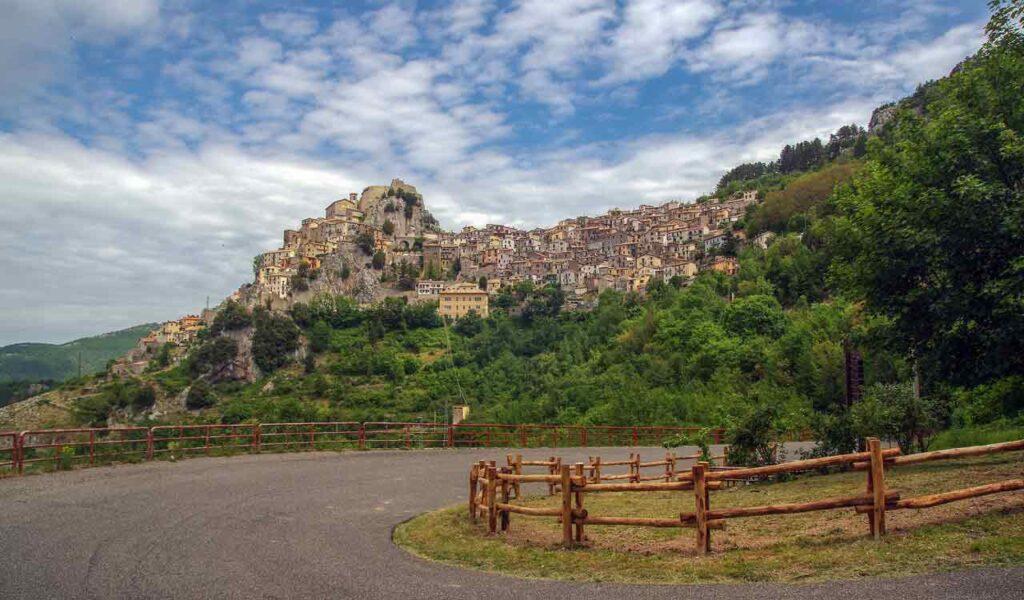 Andiamo a Cervara di Roma nel prossimo weekend?.