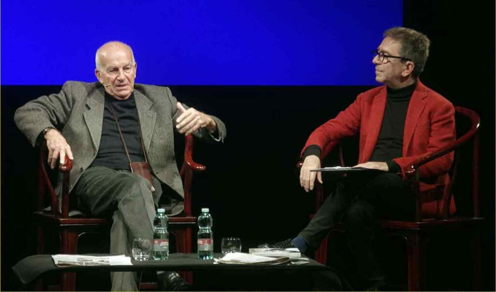 Off-Off Theatre-Fausto-Bertinotti-intervistato-da-Pino-Strabioli (11)