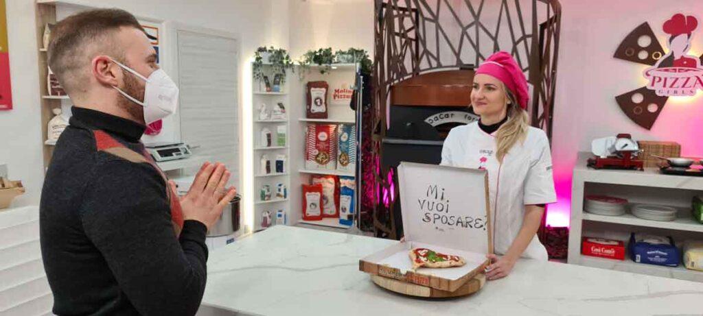 """PizzaGirls"" dedicato alle donne pizzaiole."