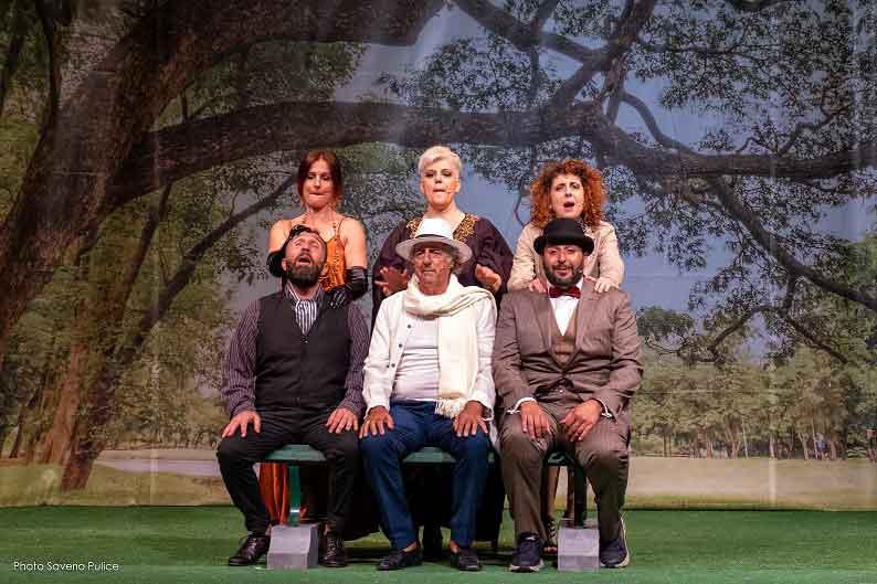 "Teatro 7 Villa Massimo ""Se la panchina parlasse…""."
